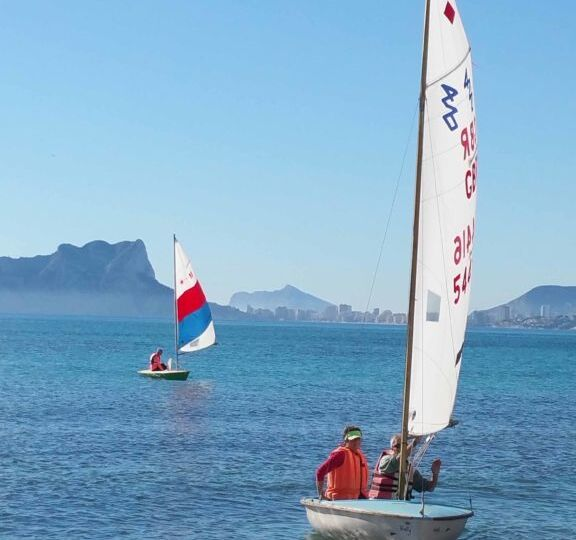 DinghyRelaunchDay_LasersSailing2